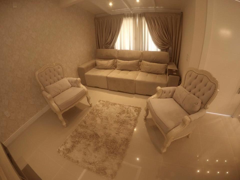 Casa com 3 Dormitórios para alugar, 100 m² por R$ 1.000,00