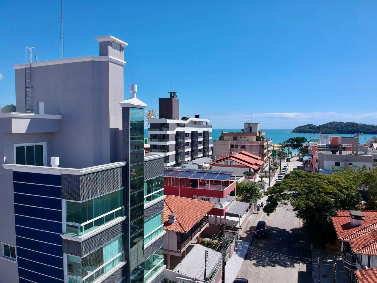 Apartamento à venda  no Centro - Bombinhas, SC. Imóveis