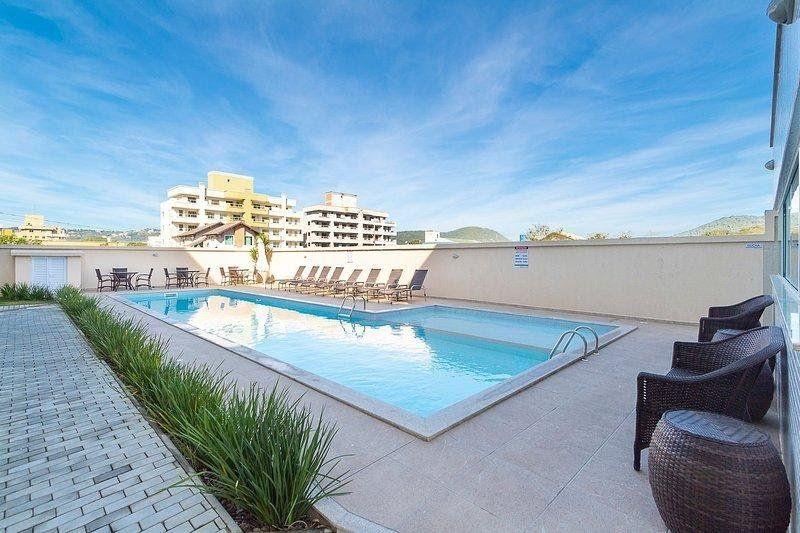 Apartamento com 2 Dormitórios para alugar, 65 m² por R$ 180,00