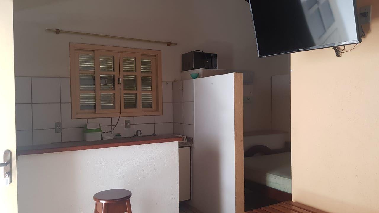 Kitinets/Conjugados para alugar, 35 m² por R$ 250,00