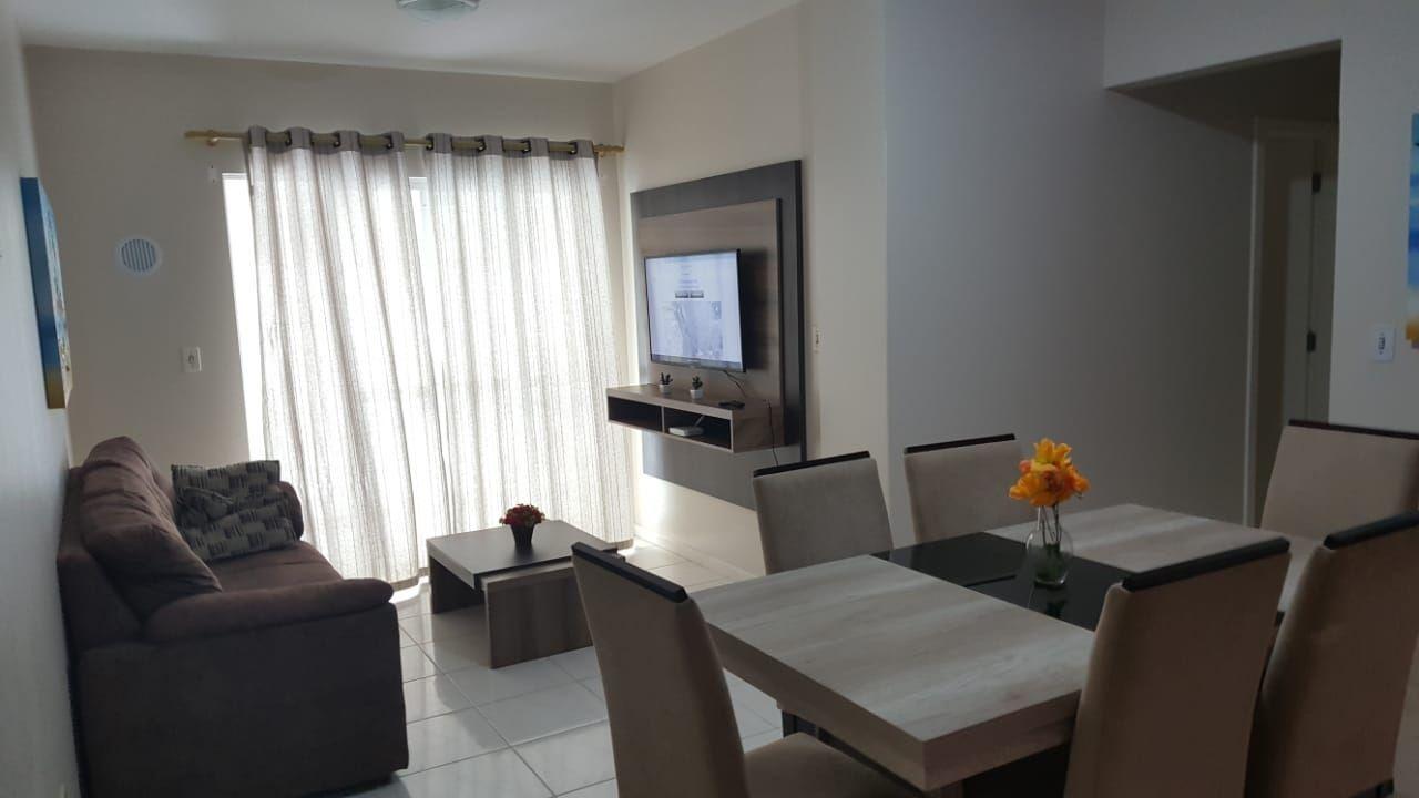 Apartamento com 3 Dormitórios para alugar, 110 m² por R$ 550,00