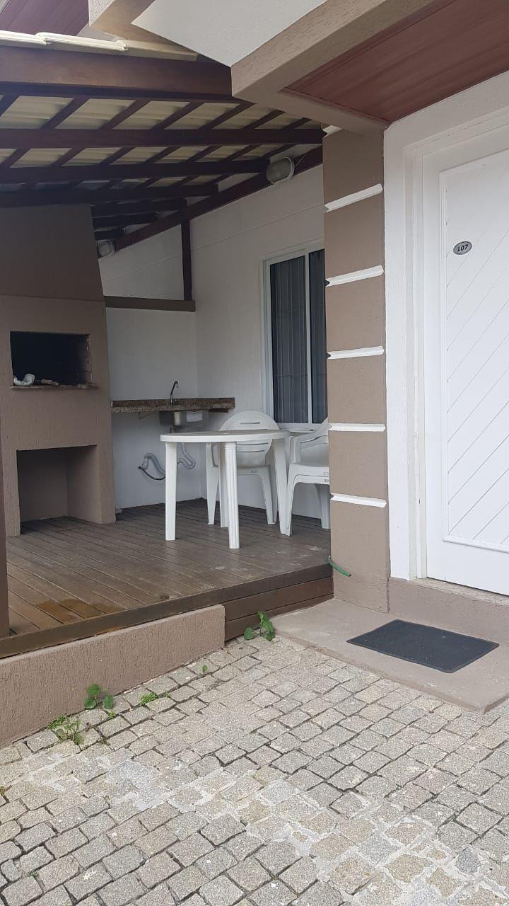 Apartamento com 3 Dormitórios para alugar, 99 m² por R$ 650,00