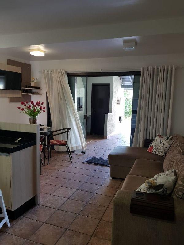 Casa com 5 Dormitórios para alugar, 150 m² por R$ 800,00
