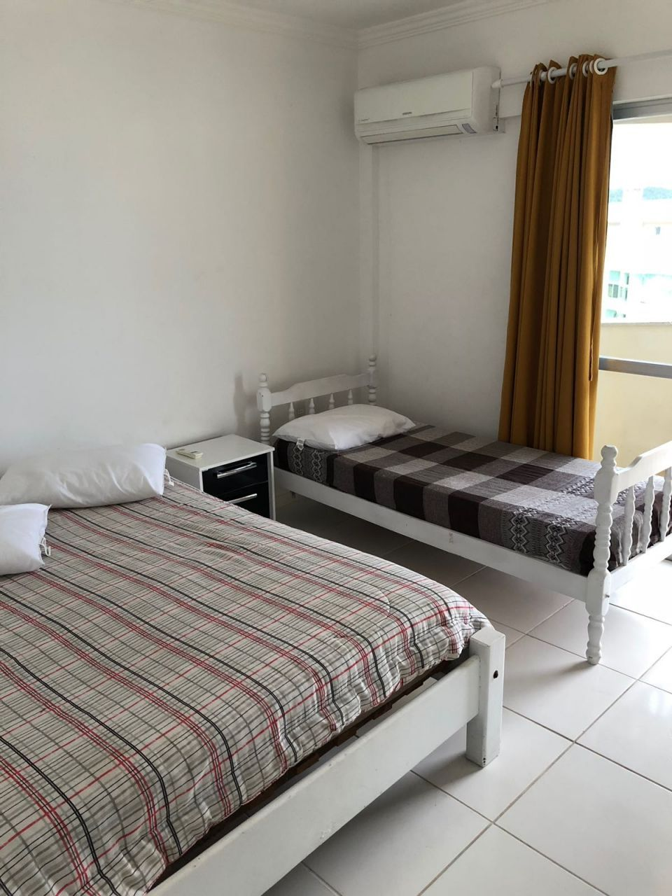 Apartamento com 3 Dormitórios para alugar, 110 m² por R$ 150,00