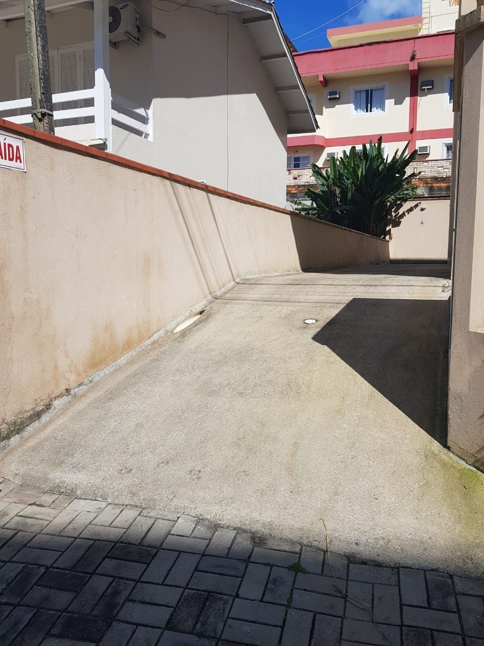 Apartamento com 3 Dormitórios para alugar, 95 m² por R$ 250,00