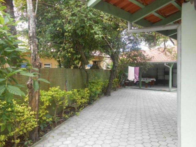 Casa com 4 Dormitórios para alugar, 130 m² valor à combinar
