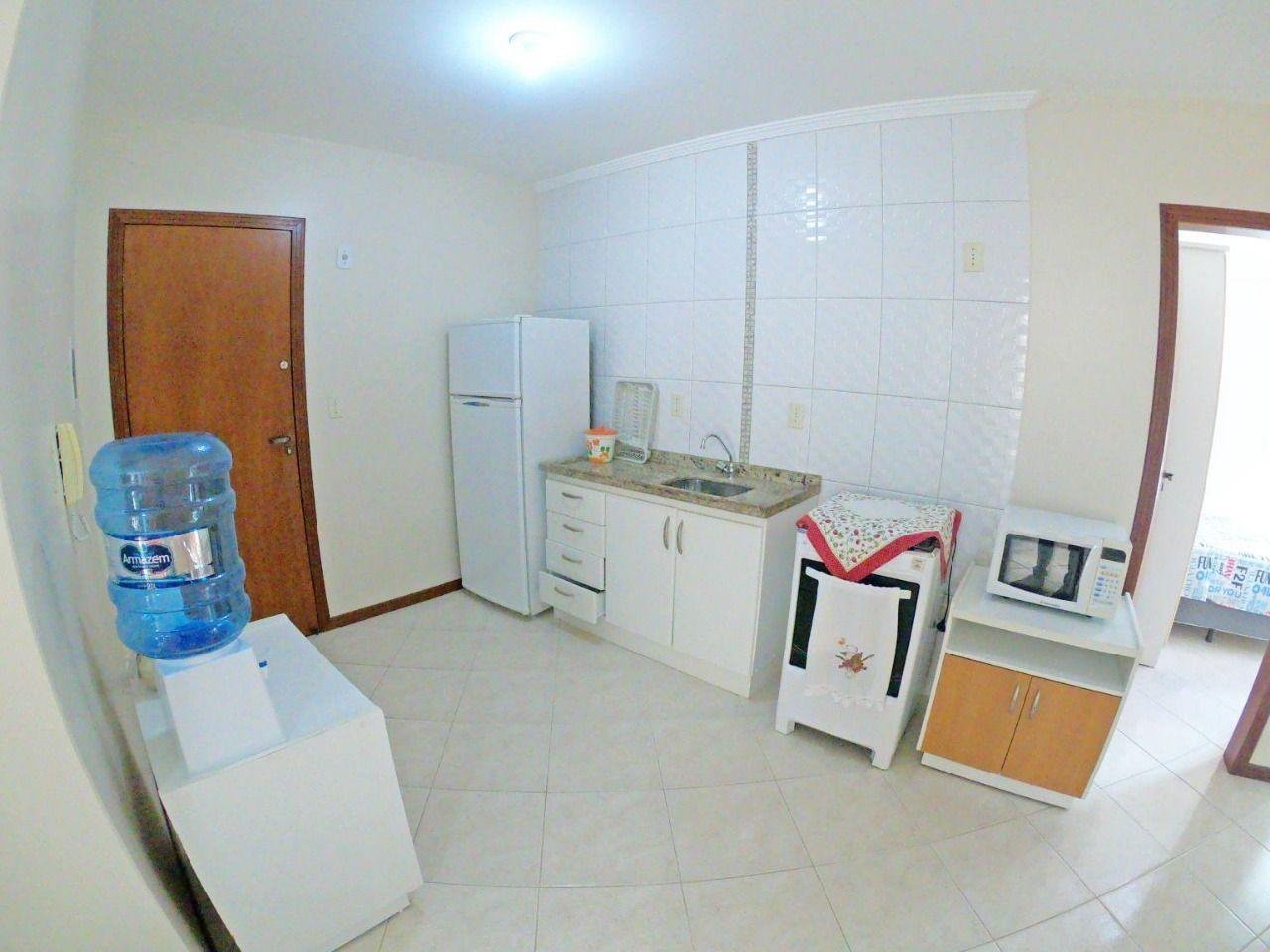 Apartamento com 1 Dormitórios para alugar, 55 m² valor à combinar