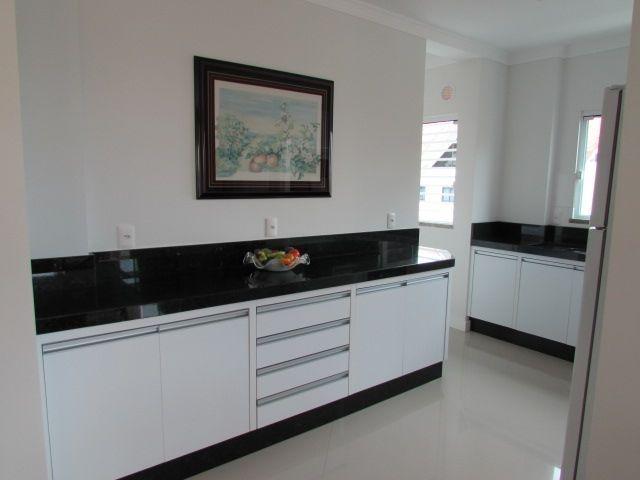 Apartamento com 3 Dormitórios para alugar, 100 m² por R$ 800,00