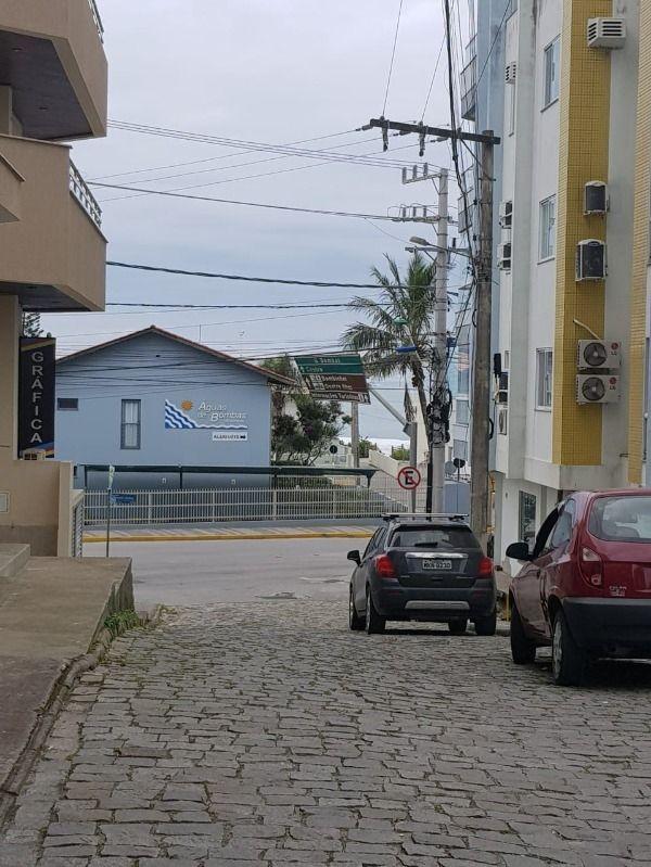 Apartamento com 3 Dormitórios para alugar, 99 m² por R$ 180,00