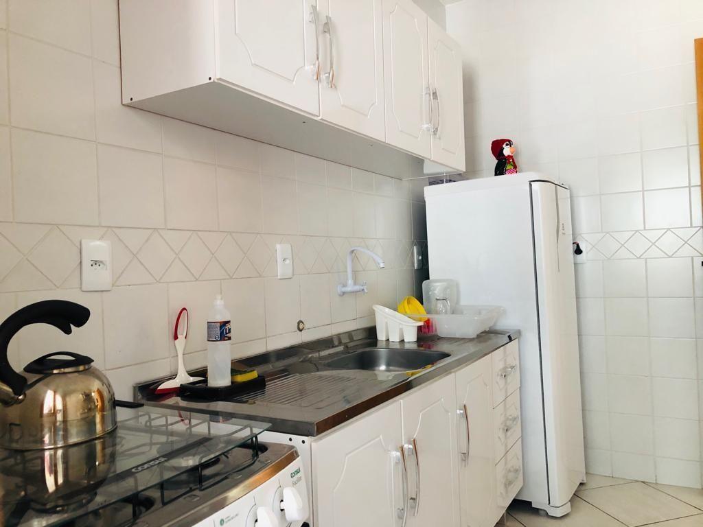 Apartamento com 2 Dormitórios para alugar, 69 m² por R$ 400,00