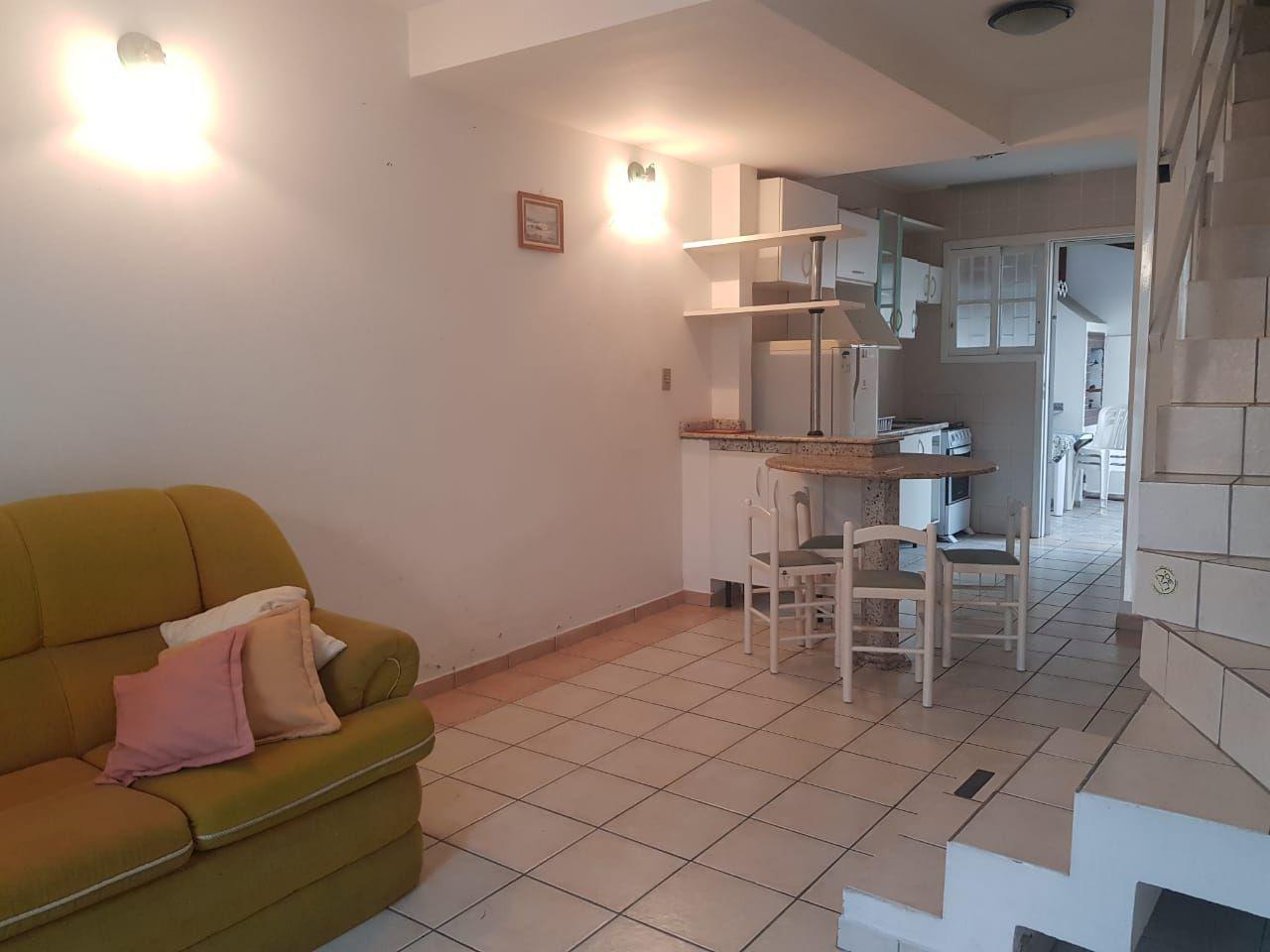 Apartamento com 2 Dormitórios para alugar, 80 m² por R$ 350,00