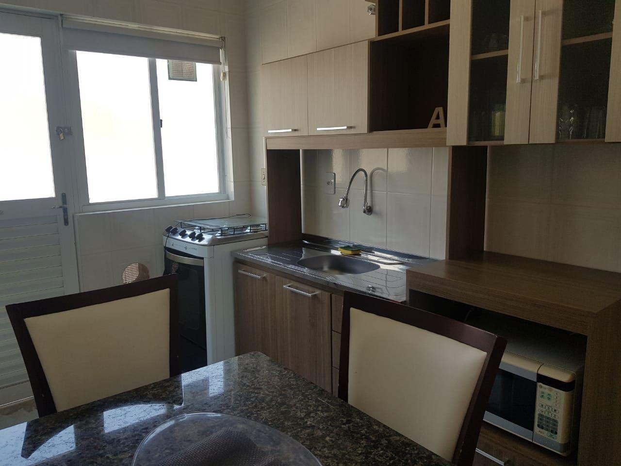 Apartamento com 2 Dormitórios para alugar, 75 m² por R$ 130,00