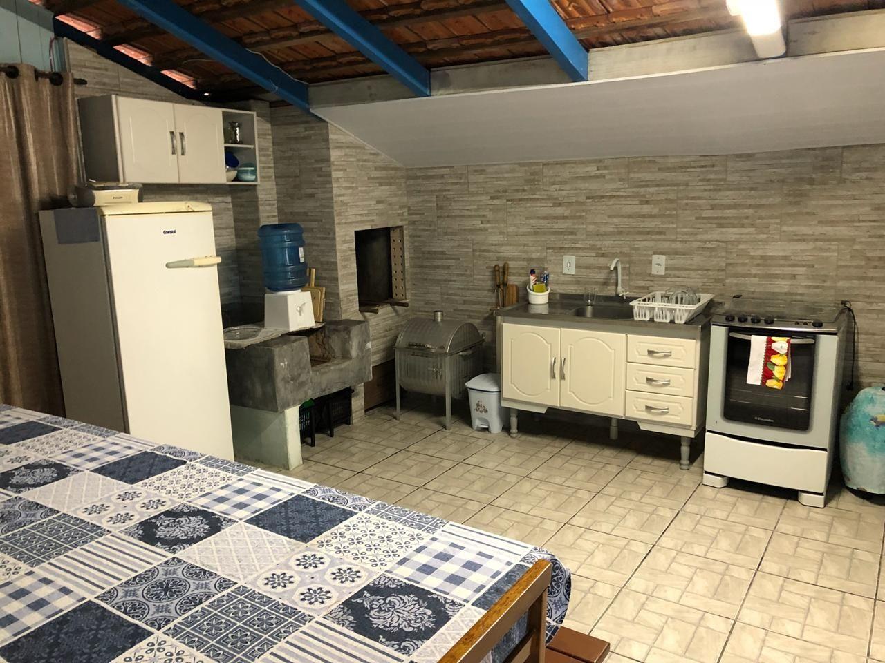 Casa com 4 Dormitórios para alugar, 80 m² valor à combinar