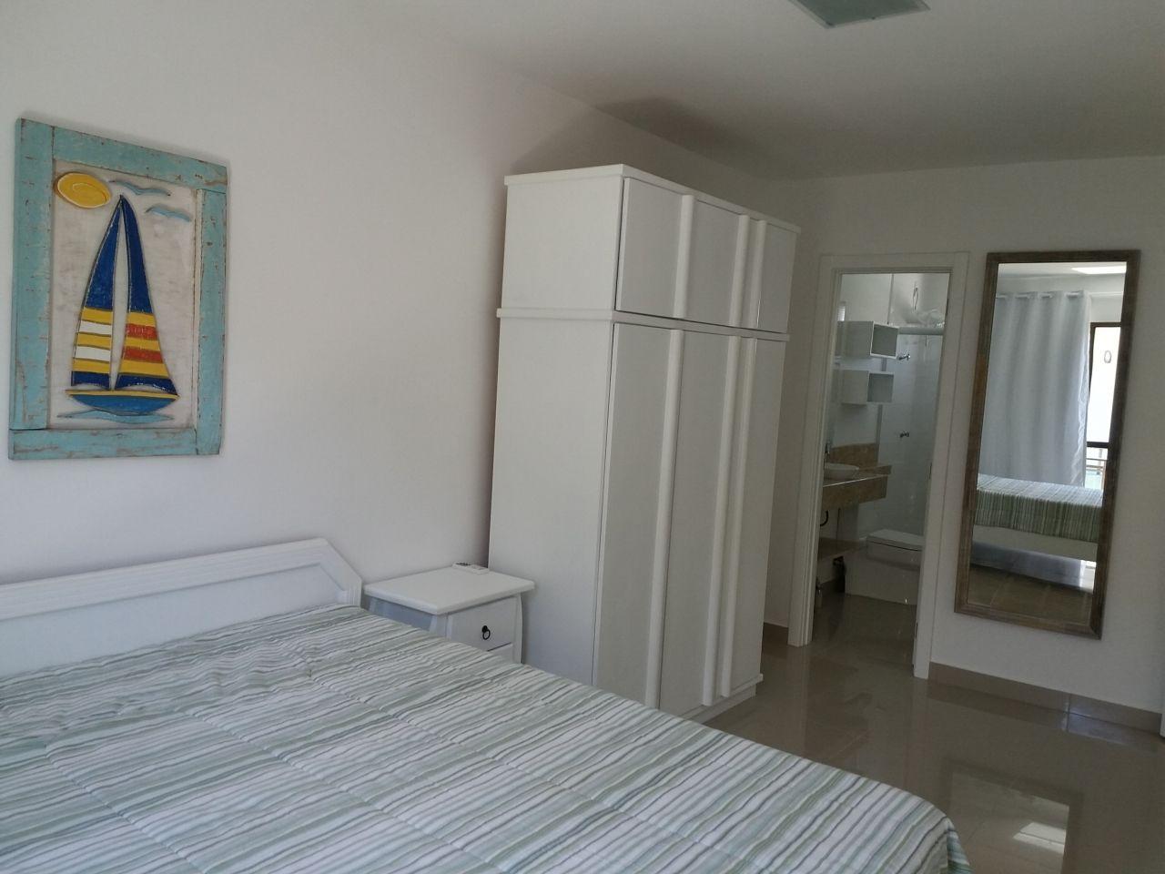 Sobrado com 3 Dormitórios para alugar, 99 m² por R$ 750,00