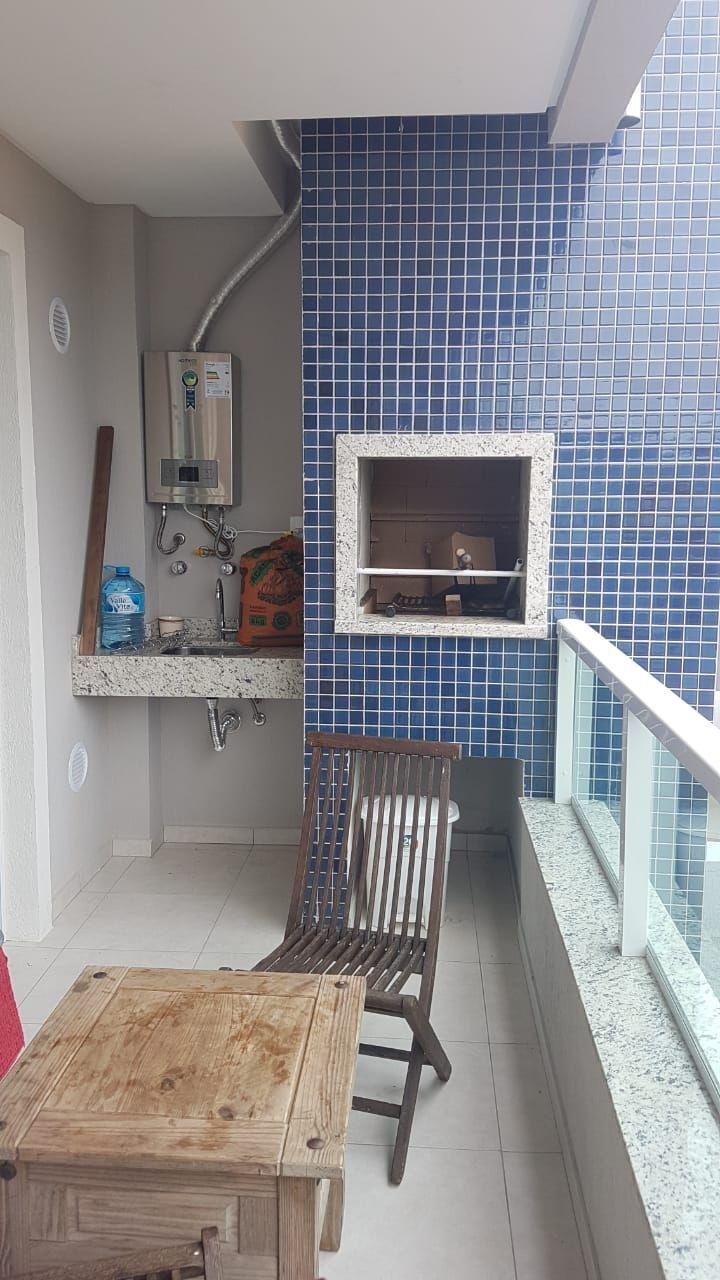 Apartamento com 2 Dormitórios à venda, 75 m² por R$ 580.000,00