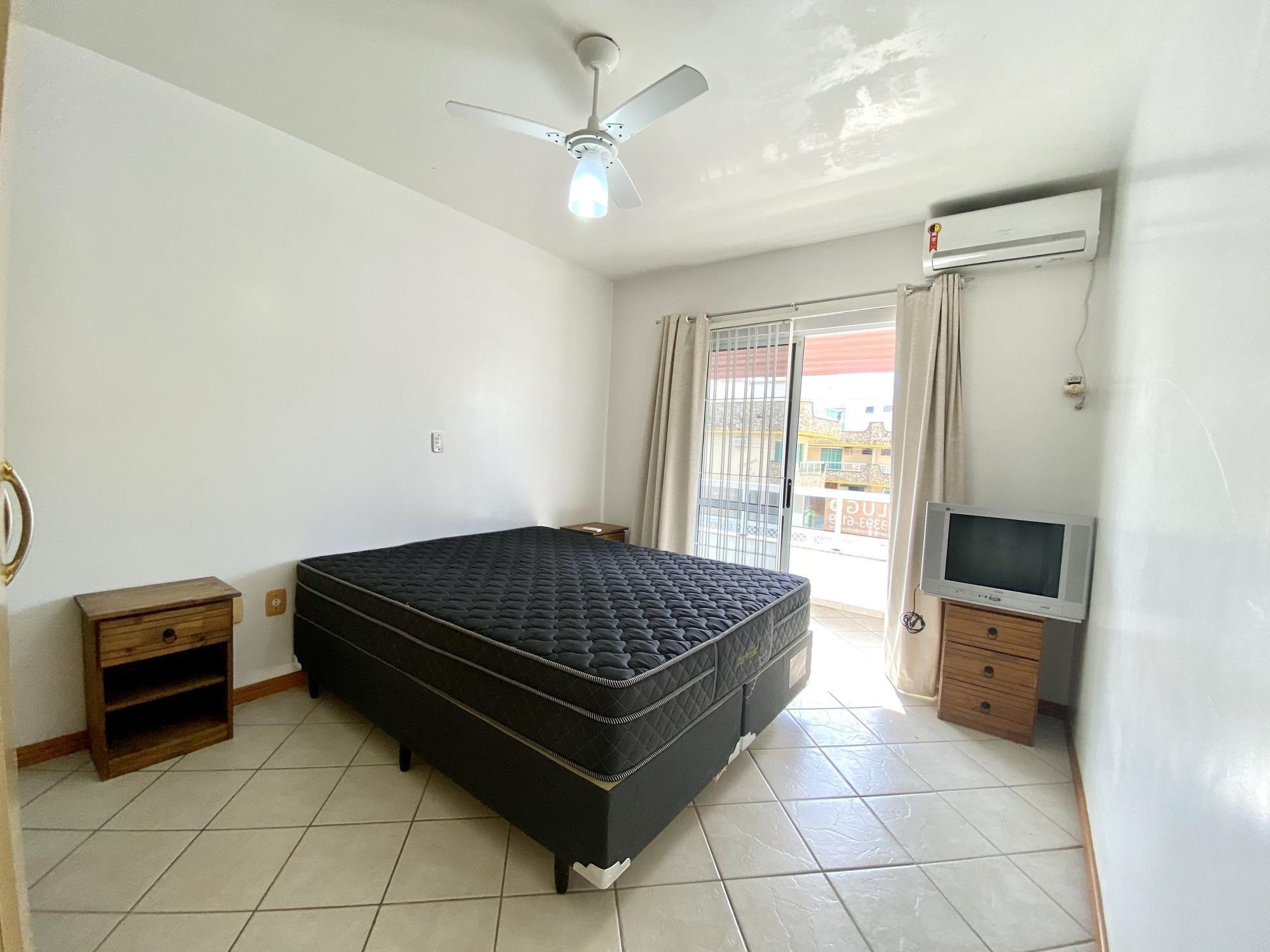 Apartamento com 3 Dormitórios para alugar, 99 m² por R$ 200,00