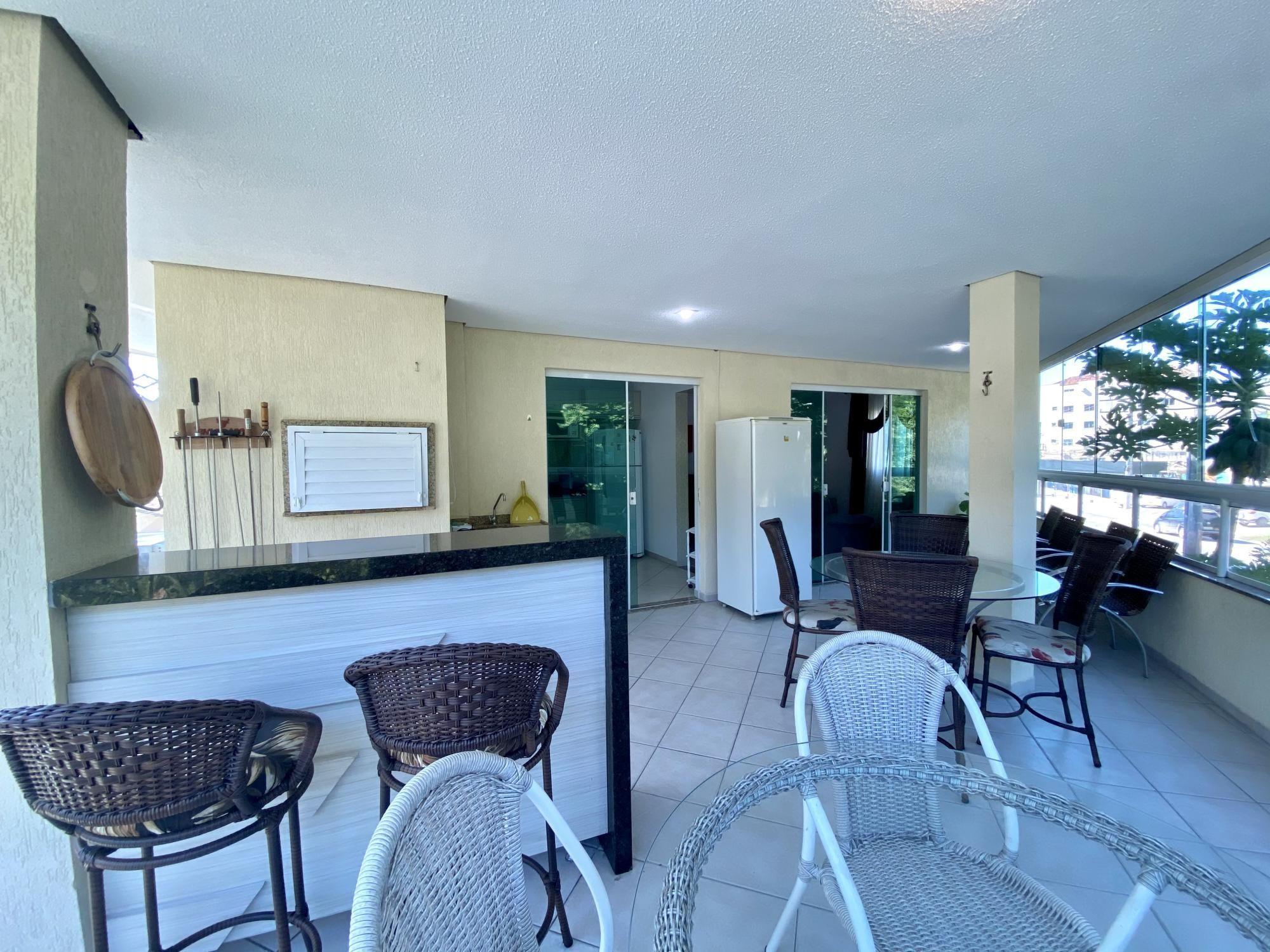 Apartamento com 3 Dormitórios para alugar, 110 m² por R$ 200,00