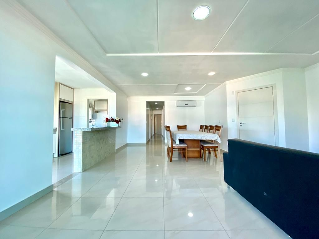 Apartamento com 4 Dormitórios para alugar, 120 m² por R$ 300,00