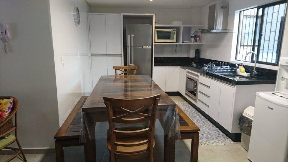 Apartamento com 3 Dormitórios para alugar, 99 m² por R$ 450,00