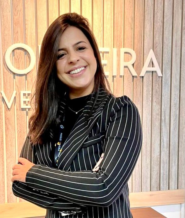 Paola Soares Oliveira