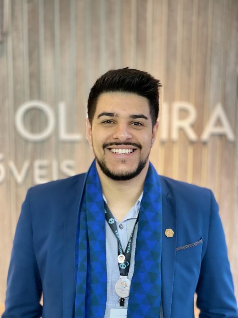 Maurício Alves Oliveira