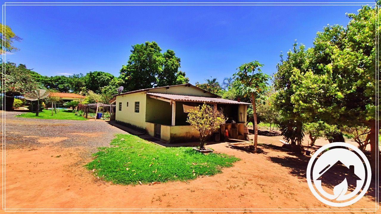 Fazenda/sítio/chácara/haras à venda  no Zona Rural - Uberlândia, MG. Imóveis