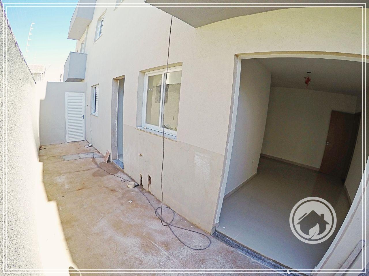 Apartamento com 2 Dormitórios à venda, 75 m² por R$ 220.000,00