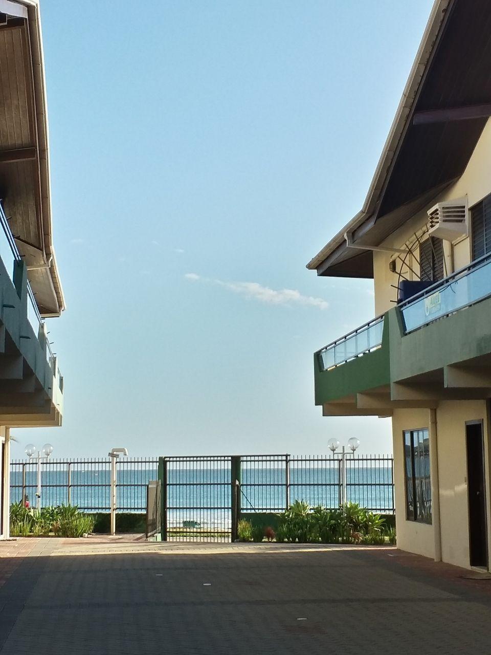 Sobrado com 3 Dormitórios para alugar, 99 m² por R$ 350,00