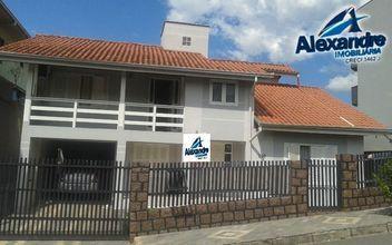 Casa de alvenaria no bairro Água Verde em Jaraguá