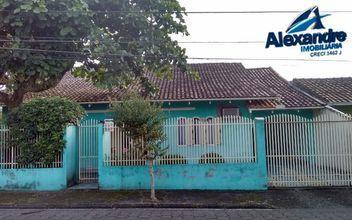 Casa localizado  no Bairro Baependi em Jaraguá do